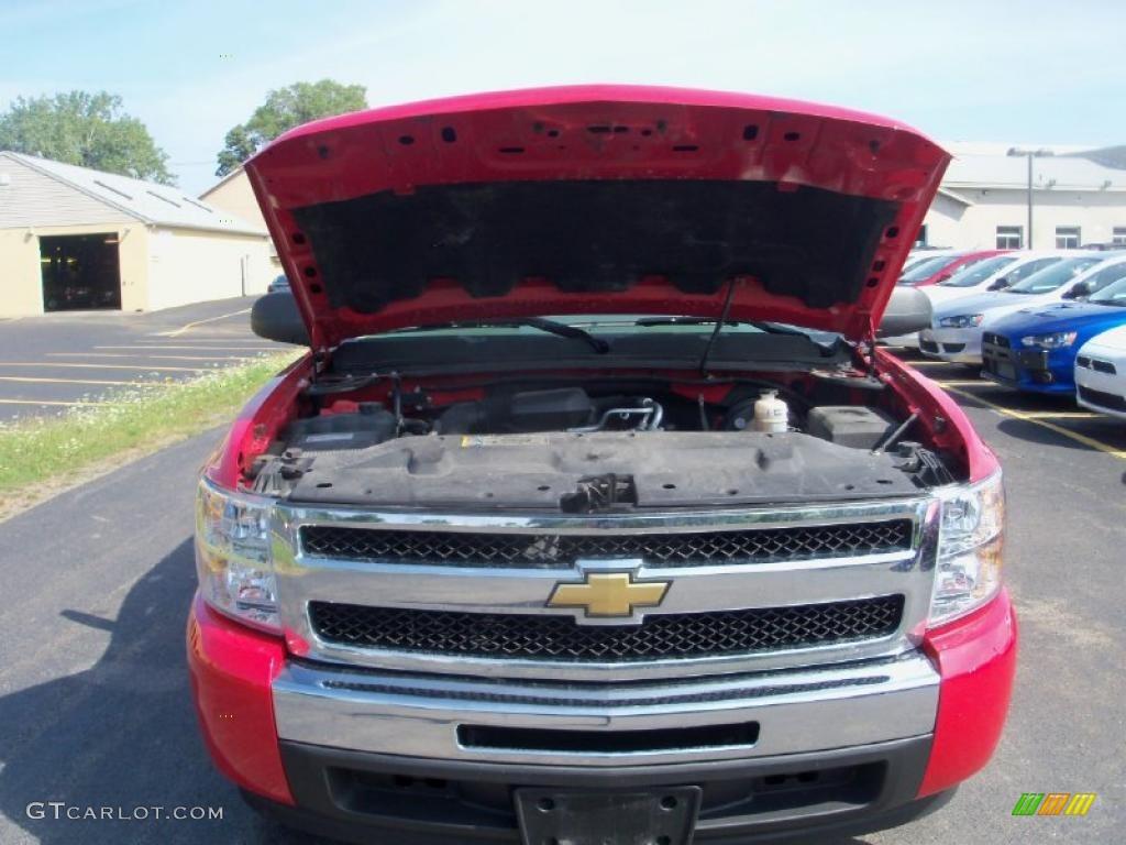 2009 Silverado 1500 LS Extended Cab - Victory Red / Dark Titanium photo #12