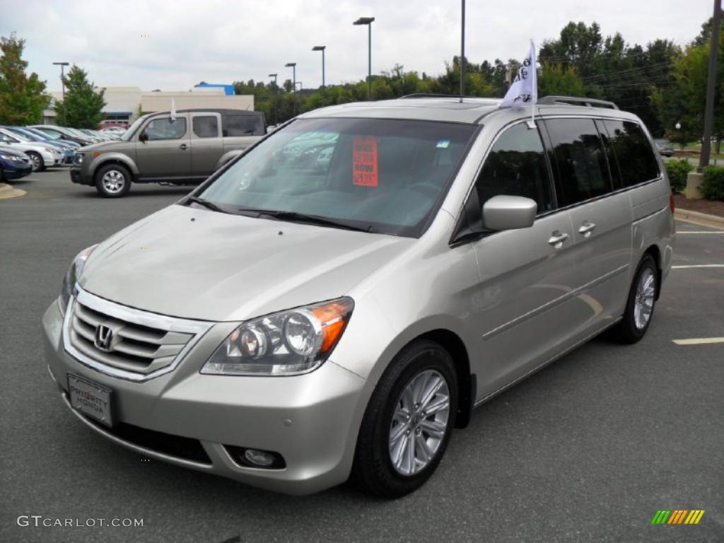 Exceptional 2008 Odyssey Touring   Silver Pearl Metallic / Gray Photo #1