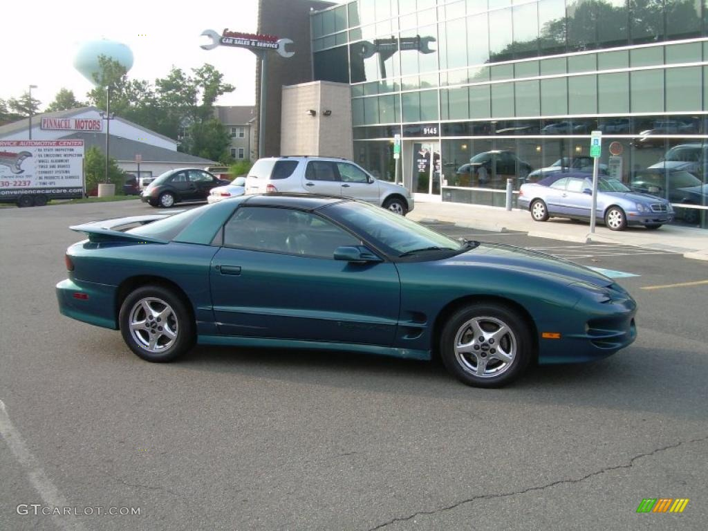 2000 blue green chameleon pontiac firebird trans am coupe 34851109 car color. Black Bedroom Furniture Sets. Home Design Ideas
