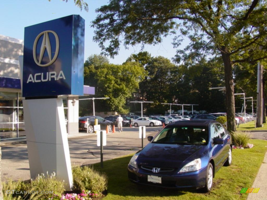 Used cars at lindsay acura serving columbus oh pre owned for Lindsay honda service