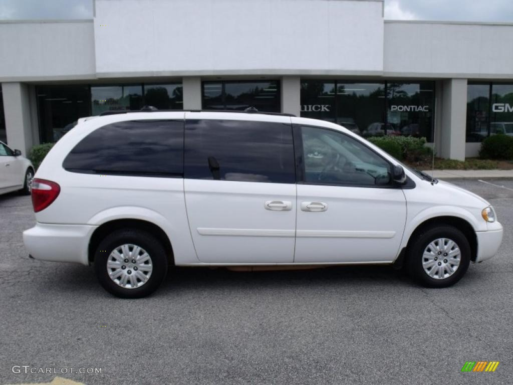 2005 stone white chrysler town country lx 35054775 for Stone s town country motors