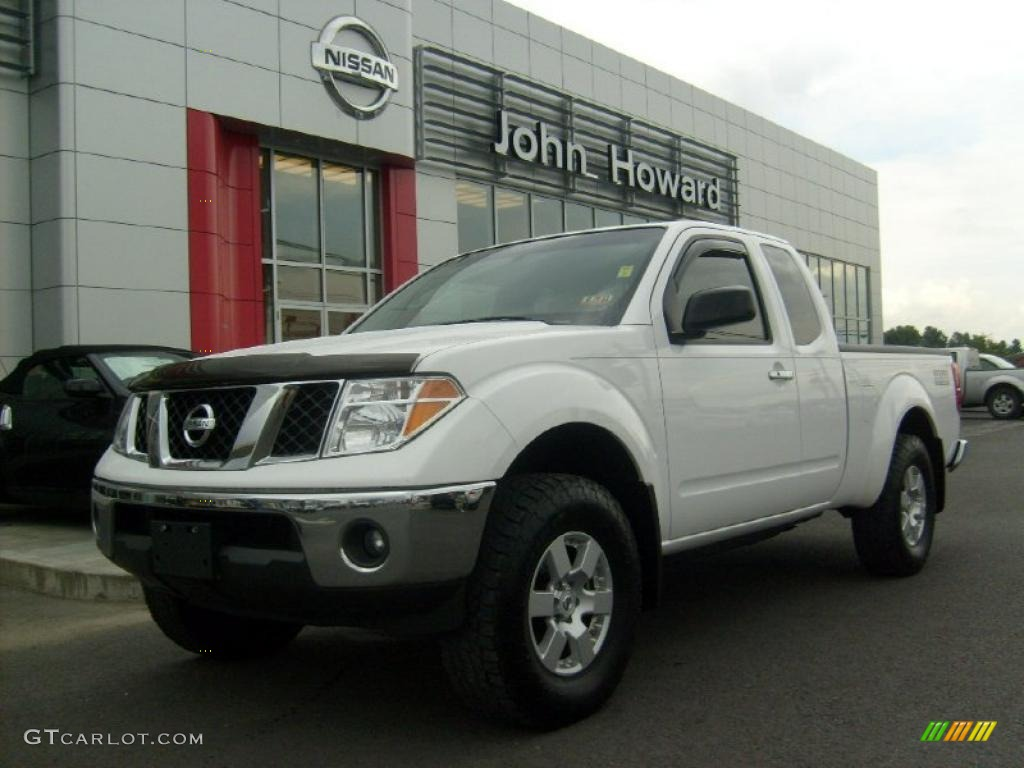 2008 avalanche white nissan frontier nismo king cab 4x4. Black Bedroom Furniture Sets. Home Design Ideas