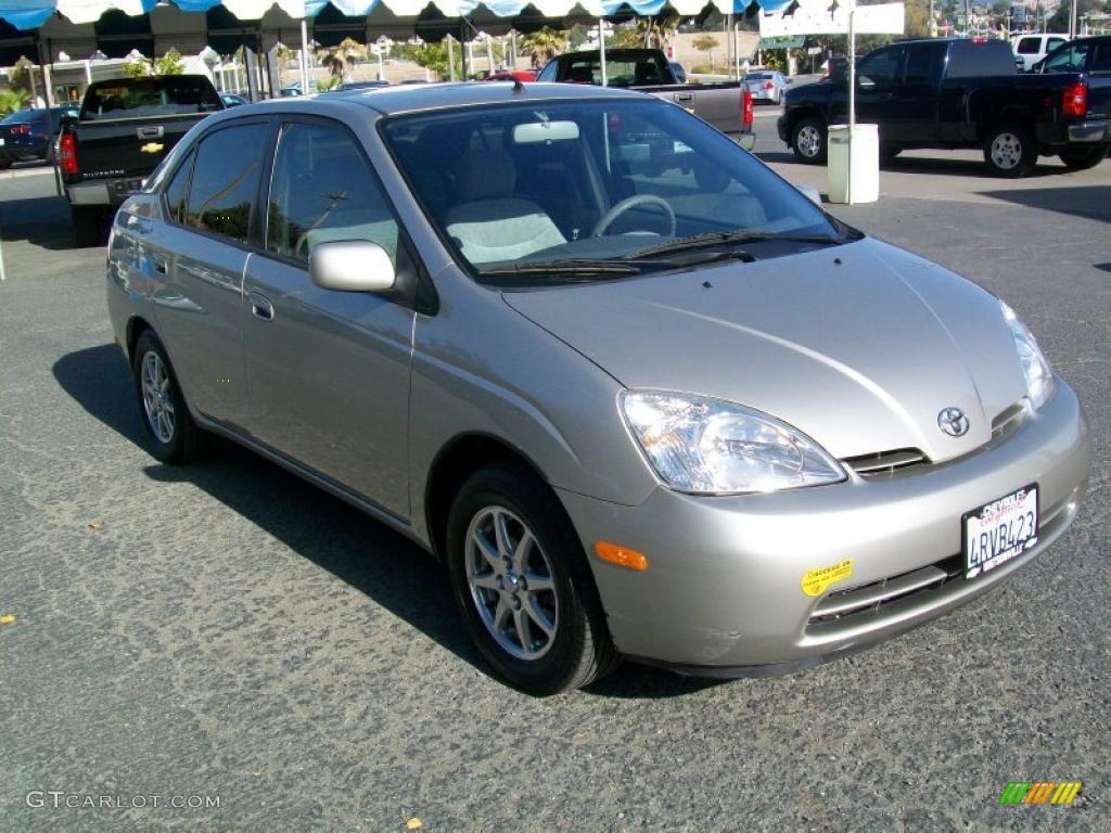 Silver Strata Metallic Toyota Prius Hybrid