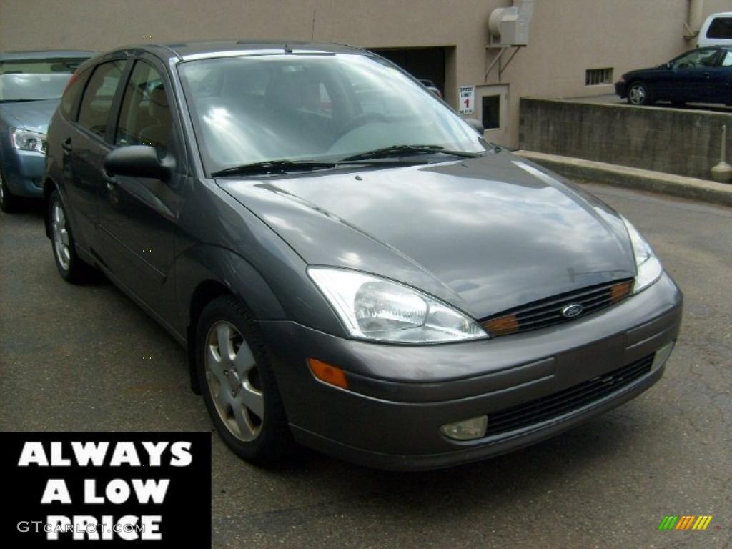 2002 focus zx5 hatchback liquid grey metallic dark charcoal photo 1