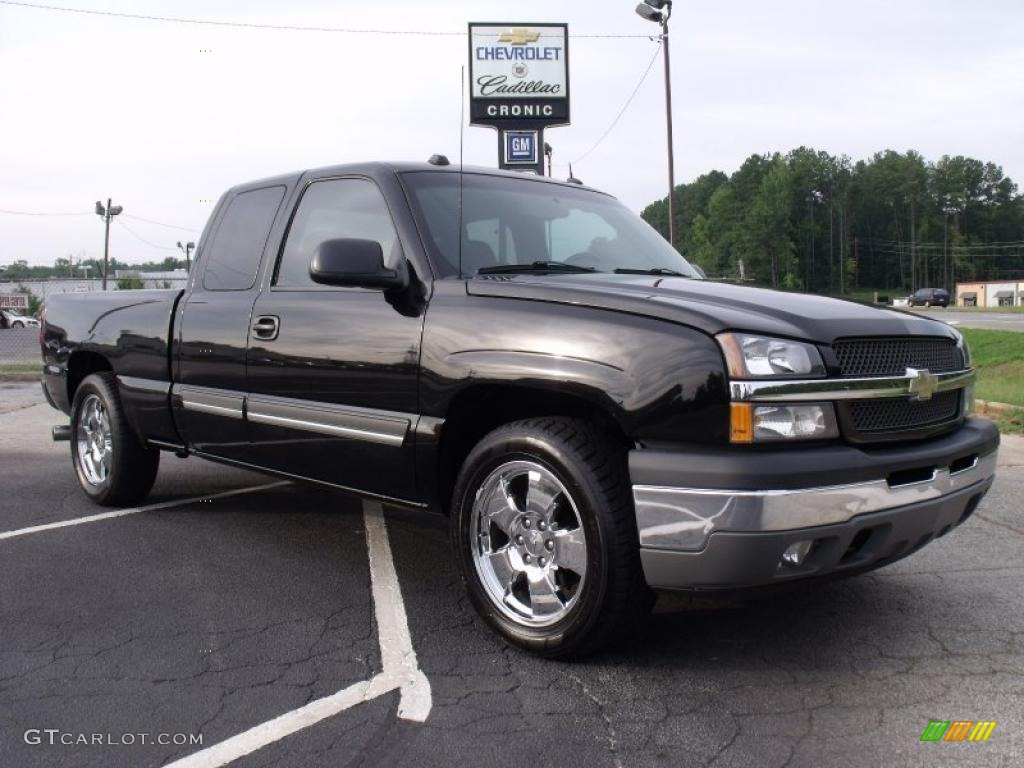 2005 Silverado 1500 LT Extended Cab - Black / Dark Charcoal photo #1