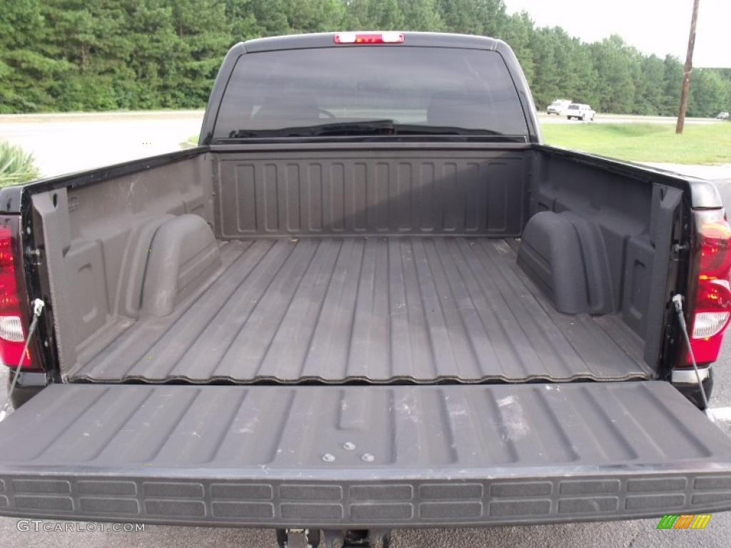 2005 Silverado 1500 LT Extended Cab - Black / Dark Charcoal photo #14