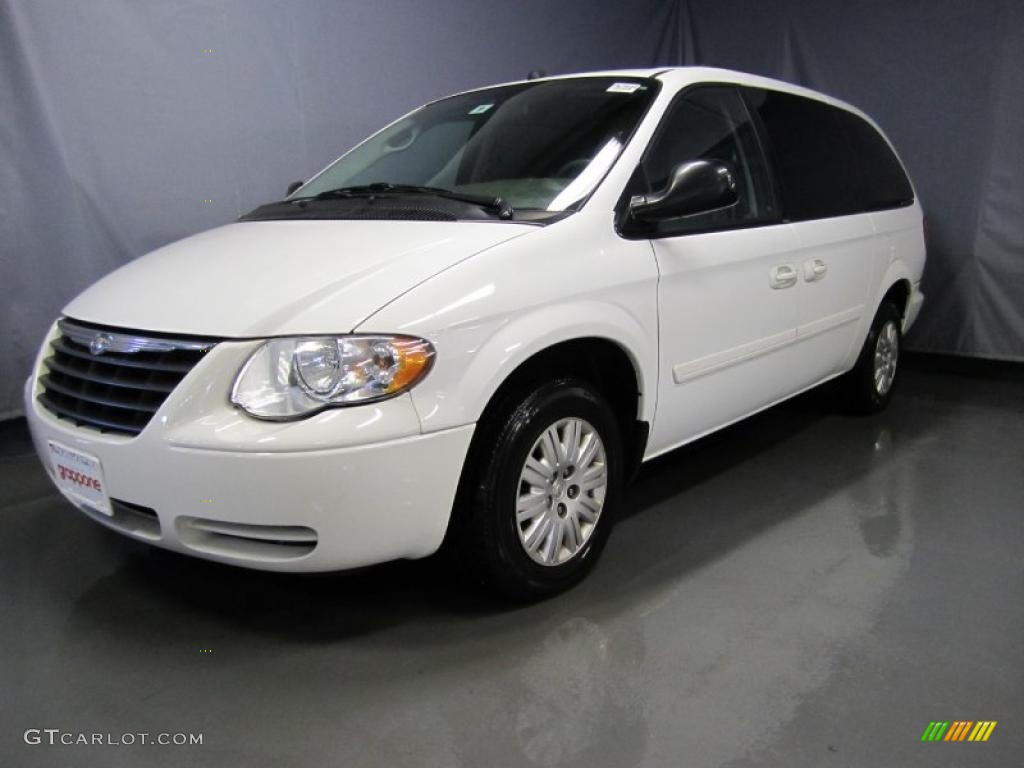 2005 stone white chrysler town country lx 35552413 for Stone s town country motors