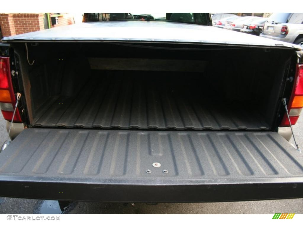 2002 Silverado 1500 LS Extended Cab 4x4 - Onyx Black / Graphite Gray photo #22