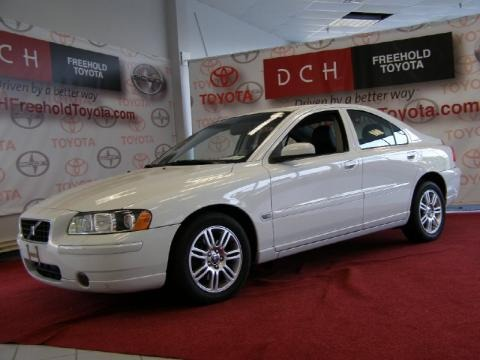 2006 volvo s60 2 5t awd data info and specs. Black Bedroom Furniture Sets. Home Design Ideas