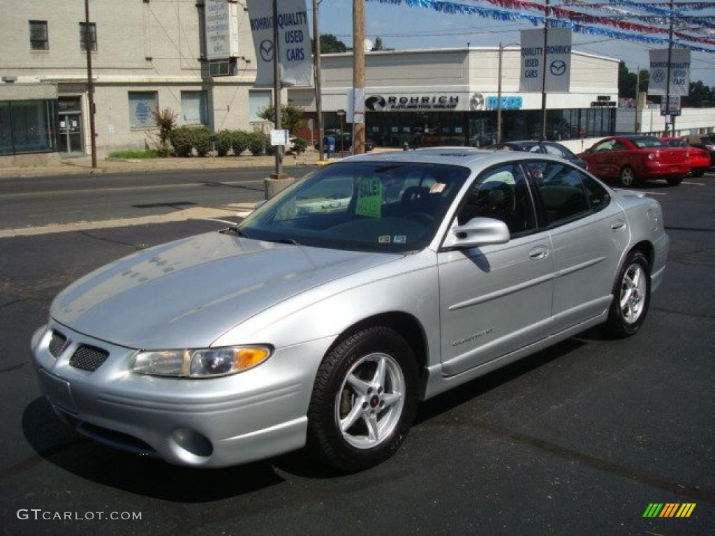2002 galaxy silver metallic pontiac grand prix gt sedan. Black Bedroom Furniture Sets. Home Design Ideas