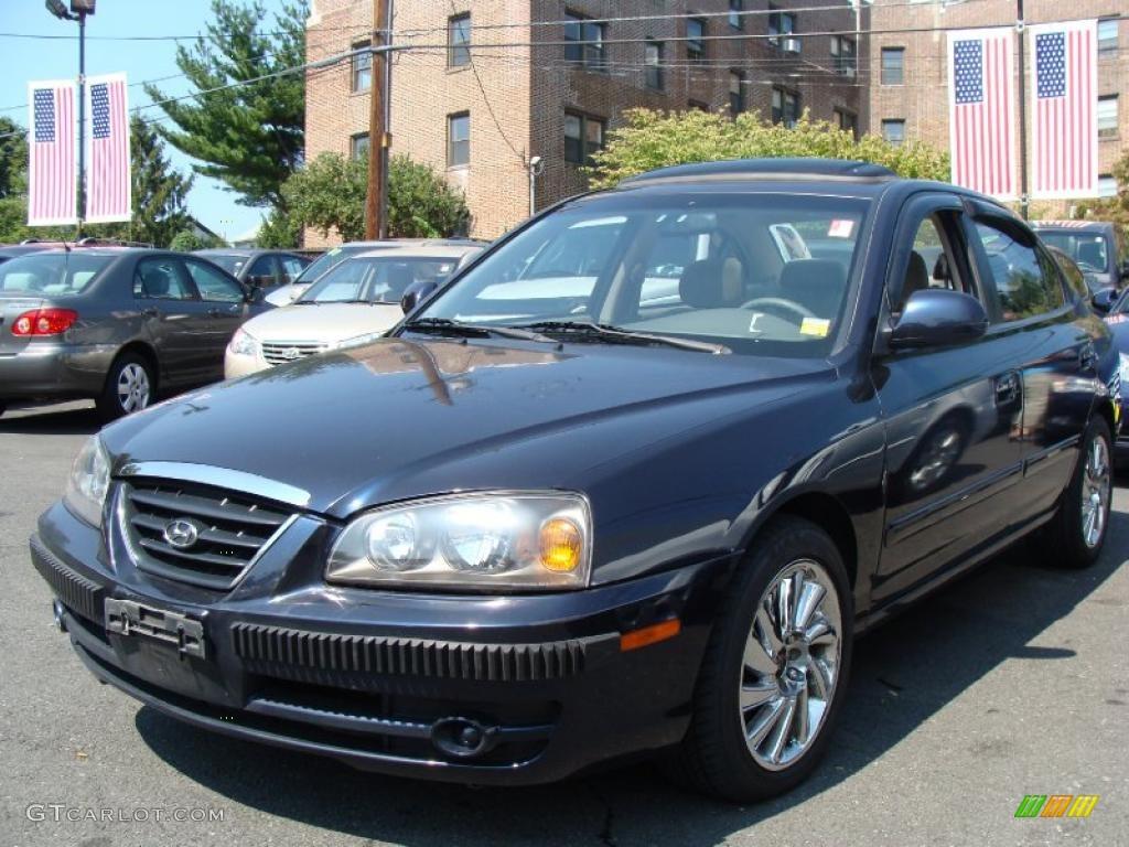 Nice Moonlit Dark Blue Hyundai Elantra. Hyundai Elantra GLS Sedan