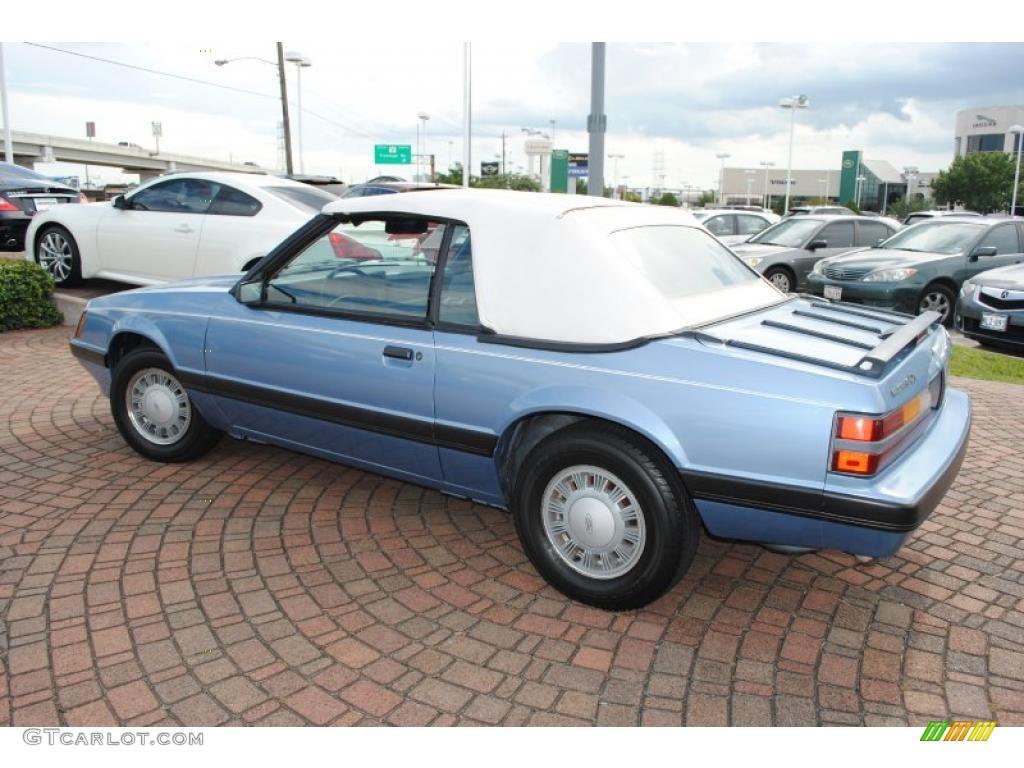 1986 Light Regatta Blue Metallic Ford Mustang LX ...