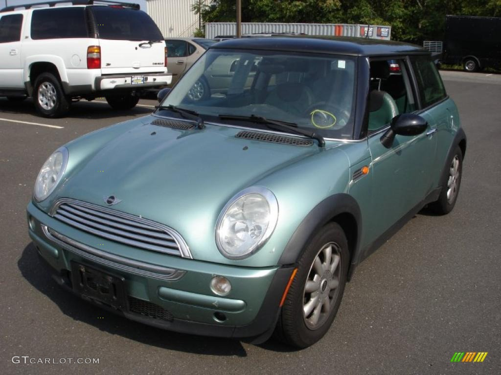 2003 silk green metallic mini cooper hardtop 35899342 photo 9 car color galleries. Black Bedroom Furniture Sets. Home Design Ideas