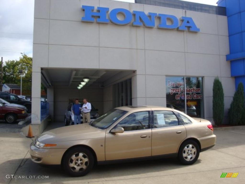 2002 medium gold saturn l series l300 sedan 35899610 gtcarlot medium gold saturn l series vanachro Image collections