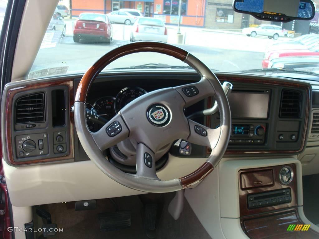 2005 red e cadillac escalade ext awd 3599350 photo 13 car color galleries for Cadillac escalade interior colors