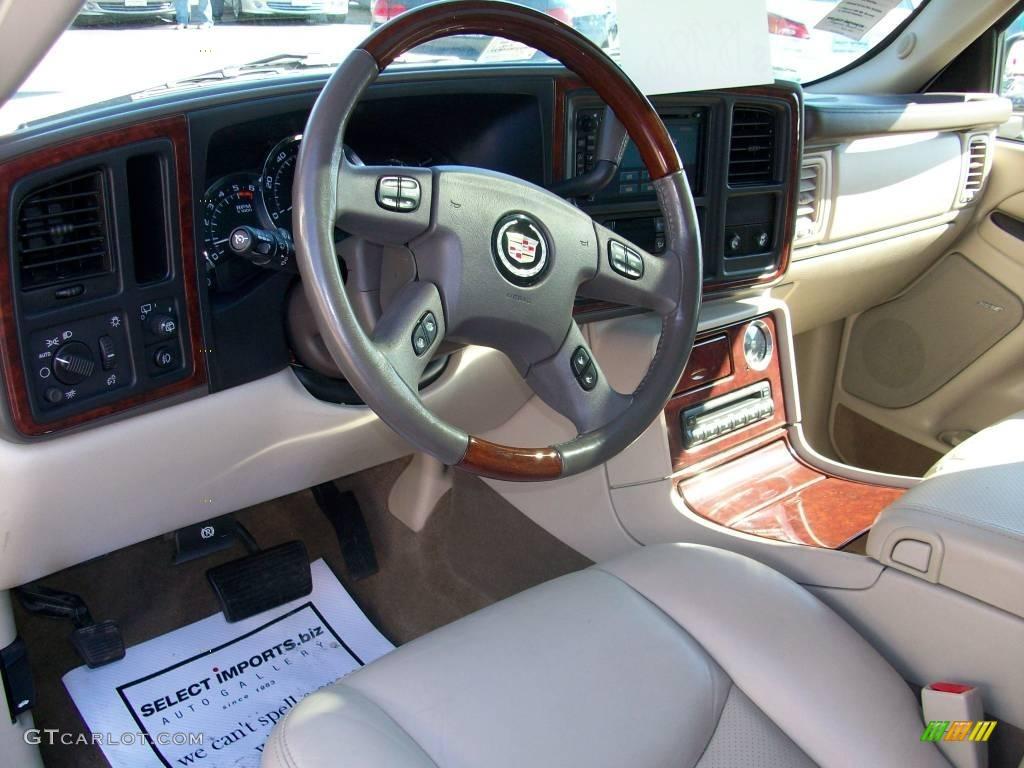 2006 White Diamond Cadillac Escalade Awd 3588438 Photo 13 Car Color Galleries