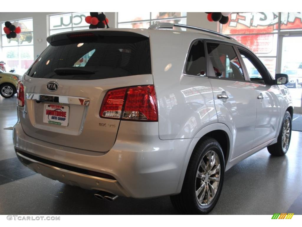 2011 Sorento SX V6 - Bright Silver / Black photo #7