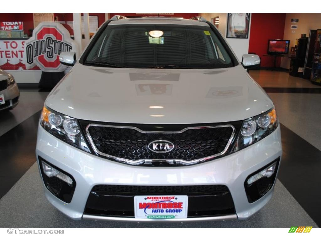 2011 Sorento SX V6 - Bright Silver / Black photo #10