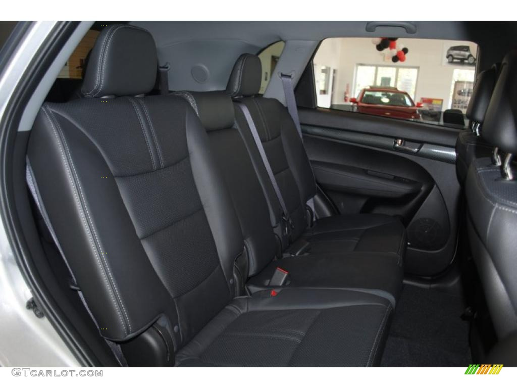 2011 Sorento SX V6 - Bright Silver / Black photo #20