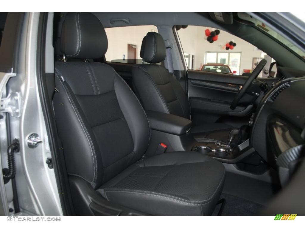 2011 Sorento SX V6 - Bright Silver / Black photo #22