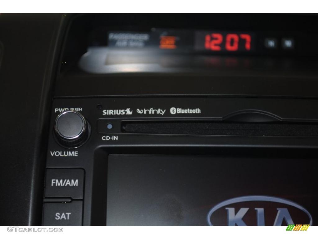 2011 Sorento SX V6 - Bright Silver / Black photo #36