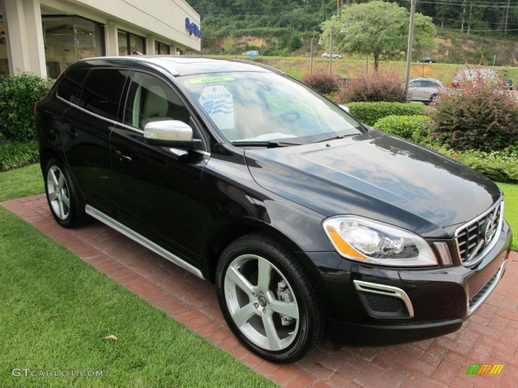 2016 Lincoln Mkc as well Volvo Cx60 furthermore Interior 70204972 together with Caracteristique Mercedes Classe G 7312 moreover 36062768 5. on 2015 volvo xc60 t6 awd