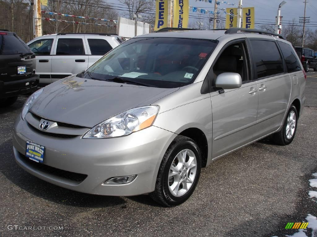 2006 sienna xle awd silver shadow pearl stone gray photo 1