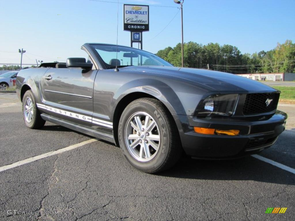 2007 Mustang V6 Deluxe Convertible - Alloy Metallic / Dark Charcoal photo #1