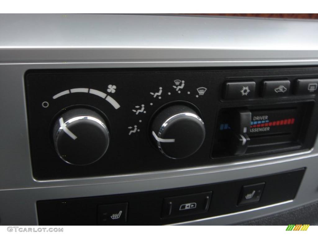 2007 Ram 3500 Laramie Mega Cab 4x4 Dually - Brilliant Black Crystal Pearl / Medium Slate Gray photo #43