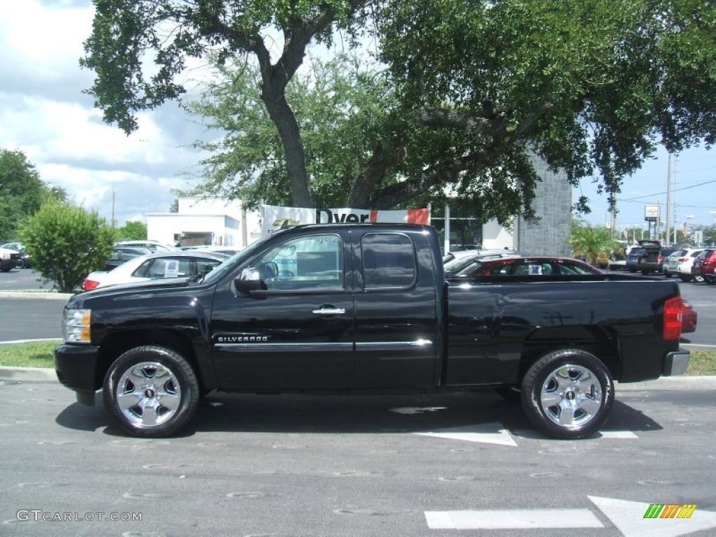2011 Silverado 1500 LT Extended Cab - Black / Light Cashmere/Ebony photo #3
