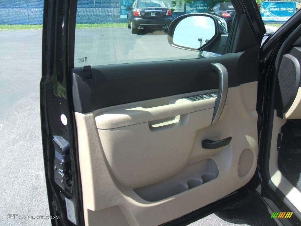 2011 Silverado 1500 LT Extended Cab - Black / Light Cashmere/Ebony photo #7