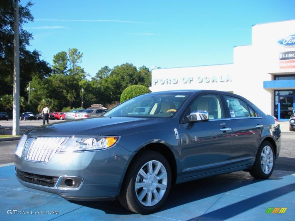 2011 steel blue metallic lincoln mkz fwd 36622173 gtcarlot com 2012 Lincoln MKZ