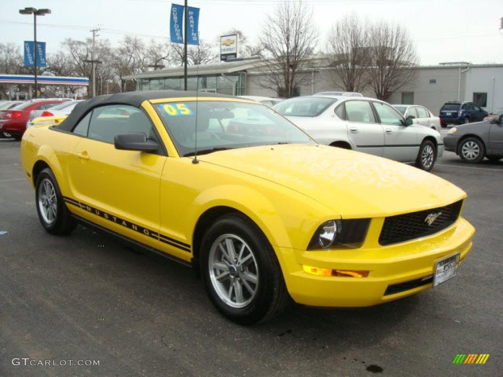 2005 Screaming Yellow Ford Mustang V6 Premium Convertible