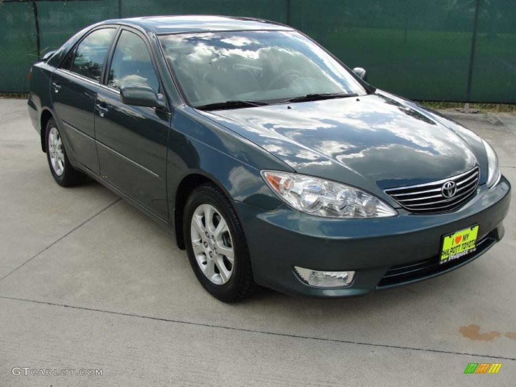 Green Toyota Camry Executive Car
