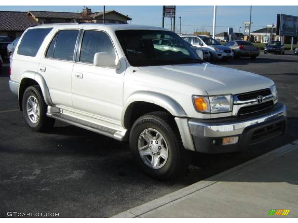 Attractive Natural White Toyota 4Runner
