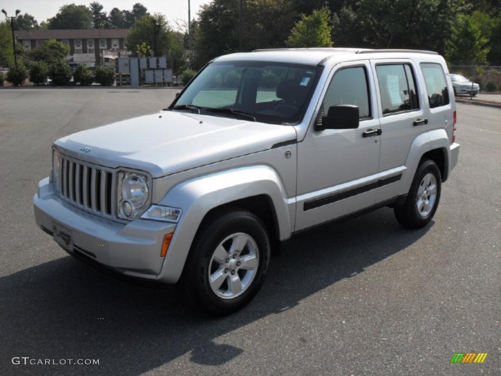 2010 bright silver metallic jeep liberty sport 4x4 #37282950