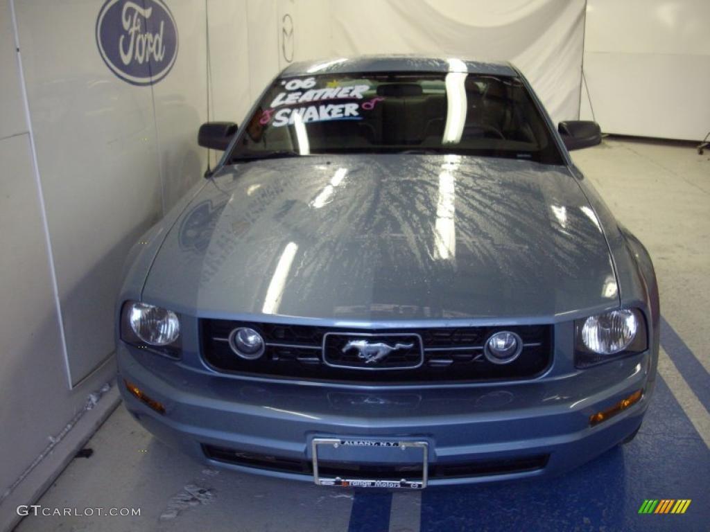 2006 Mustang V6 Premium Coupe - Windveil Blue Metallic / Dark Charcoal photo #1