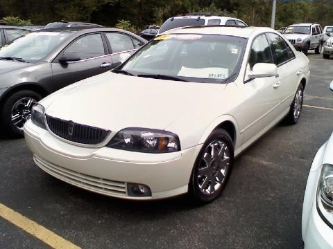 2004 Lincoln LS V8 Data, Info and Specs.