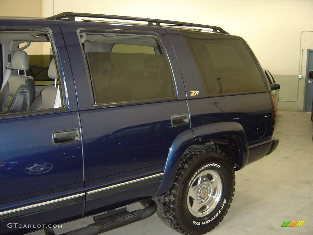 2000 Indigo Blue Metallic Chevrolet Tahoe Z71 4x4 354252 Photo 2