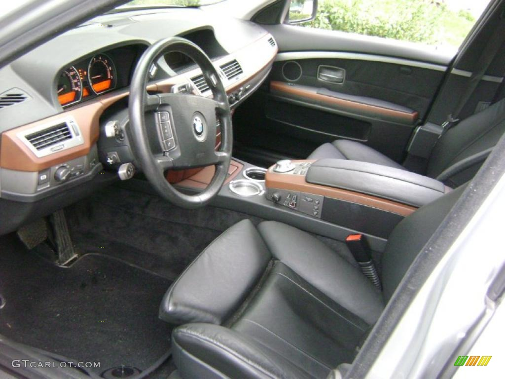 Black black interior 2004 bmw 7 series 745i sedan photo for Bmw serie 7 interieur