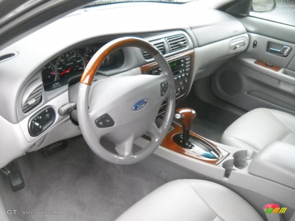 2003 Ford Taurus SEL Wagon interior Photos | GTCarLot.com