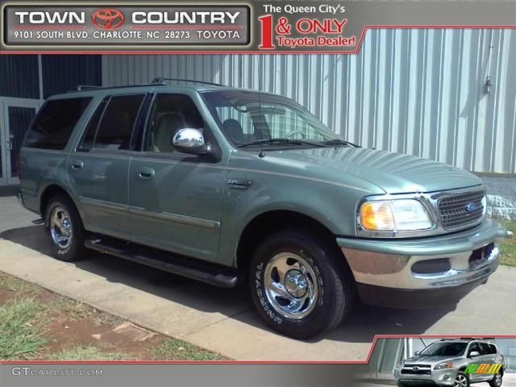 Vermont Green Metallic Ford Expedition