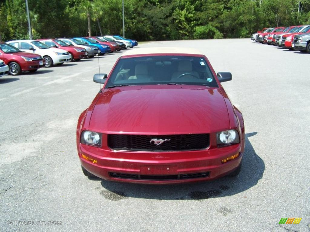 2007 Mustang V6 Deluxe Convertible - Redfire Metallic / Medium Parchment photo #2