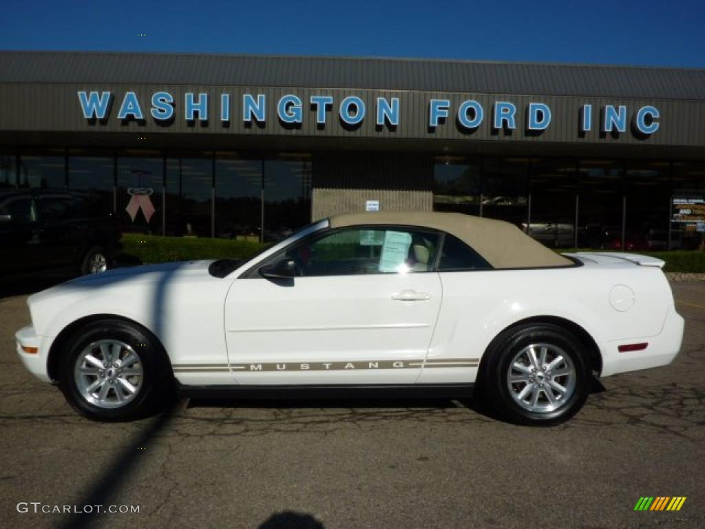2007 Mustang V6 Premium Convertible - Performance White / Medium Parchment photo #1