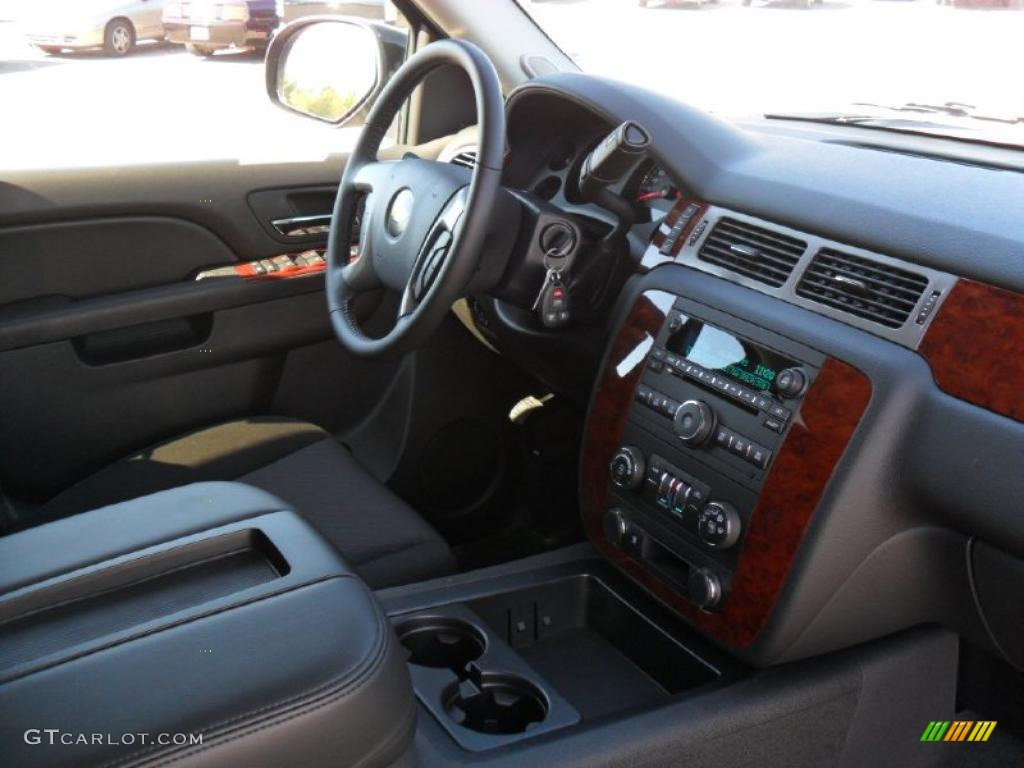Ebony interior 2011 chevrolet suburban 2500 ls 4x4 photo 37811488