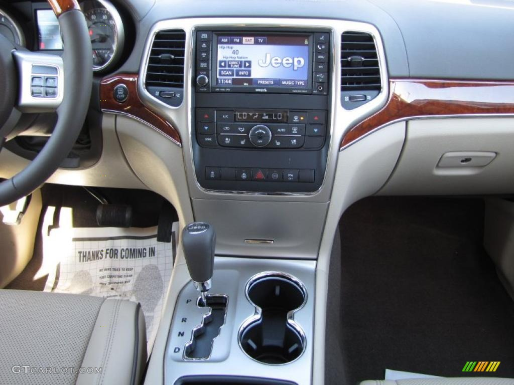 Dark Frost Beige Light Frost Beige Interior 2011 Jeep Grand Cherokee Overland Photo 37879824