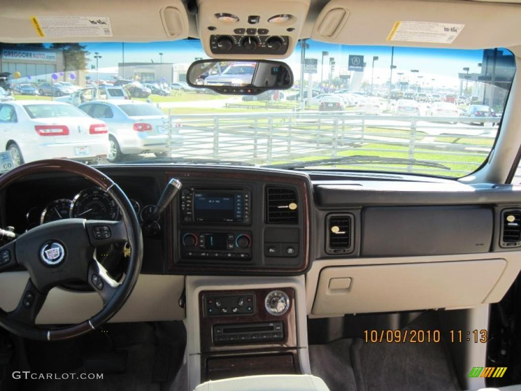 2004 cadillac escalade esv awd platinum edition shale dashboard photo 37880732
