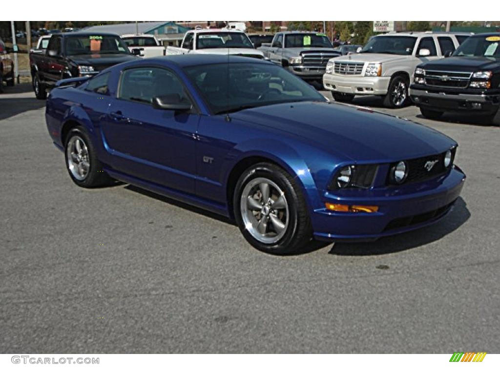 2005 sonic blue metallic ford mustang gt premium coupe. Black Bedroom Furniture Sets. Home Design Ideas