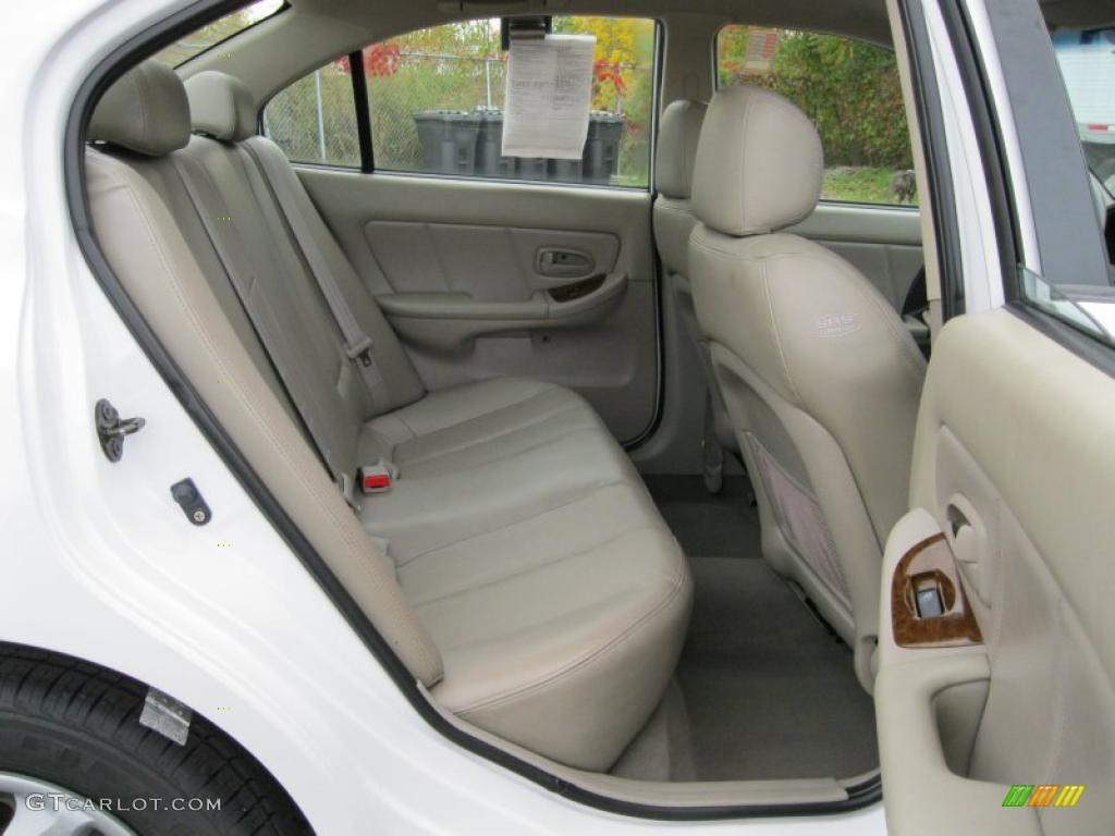 2006 hyundai elantra gls sedan interior photos for Hyundai elantra interior colors