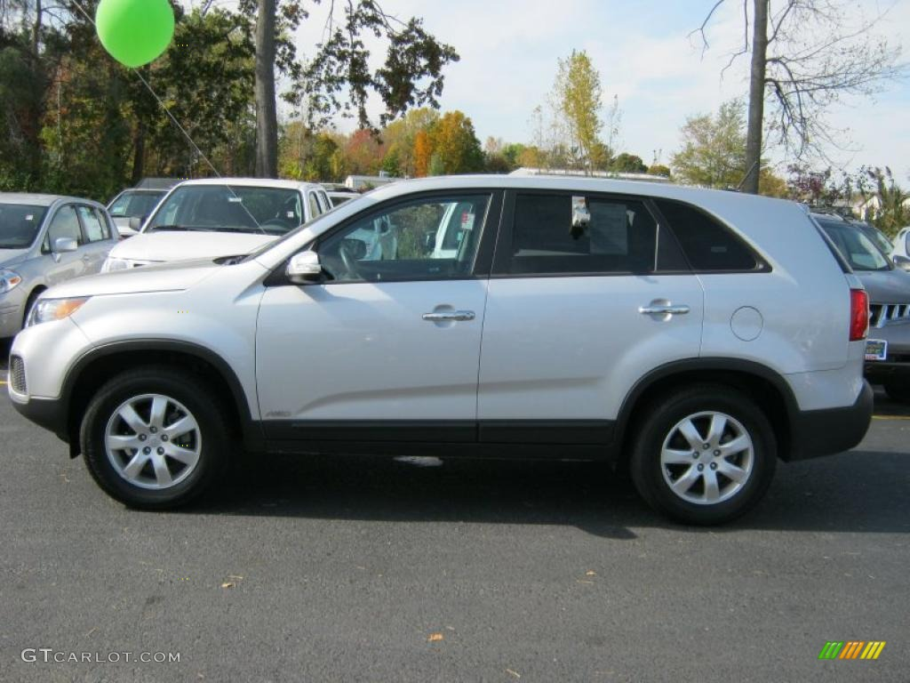 2011 Sorento LX AWD - Bright Silver / Gray photo #13